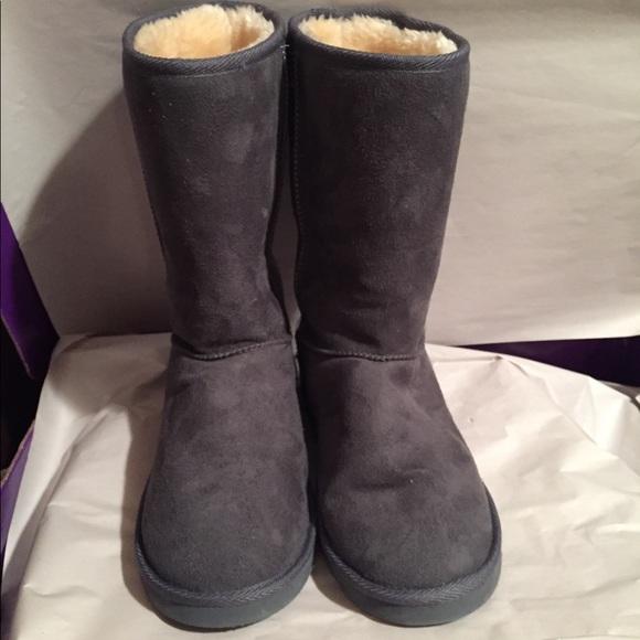53f1f853b5f Ugg Women's Classic II Tall Boots Grey 9
